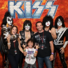 Guitar, Keyboards & Vocal student, Gunnar Sizemore and parents w/ band members of Kiss