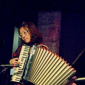 I am also accordion player