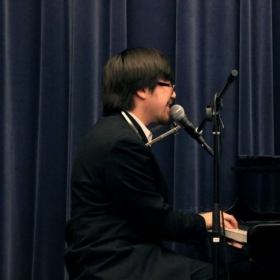 "Brian Goodman performs ""Piano Man""."