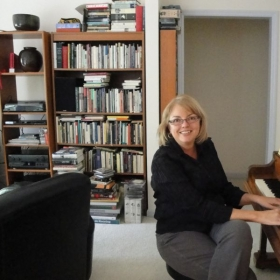 Adult Piano Student, Nashville