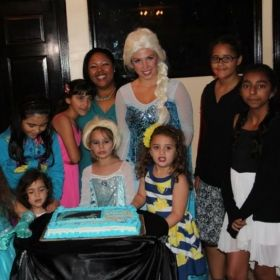 Picture with Queen Elsa, after recital at Imperial Banquet Hall.