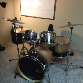 Beautiful drumset, ready for students!