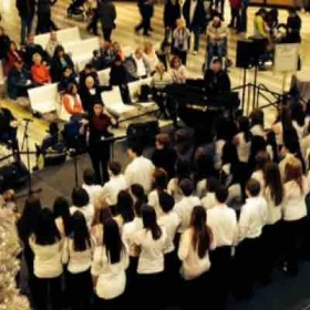 Directing the Roosevelt Middle School choir at The Mall of America was a blast!