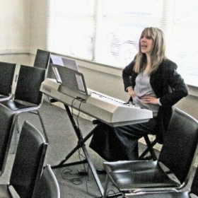 Patricia S. teaching a class at the SAG Conservatory.