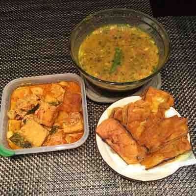 """""""Eastern India Bengali Special"""" : Dokhar Dalna, chana Dal and Fried eggplant diped in gramflour"""