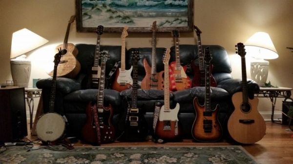 Just a few guitars :)