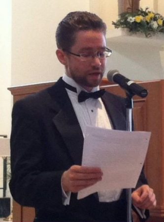 Speaking my program notes during a recital in Phoenix AZ