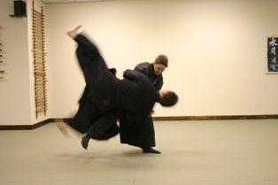 Jujutsu throw--you can learn it too!