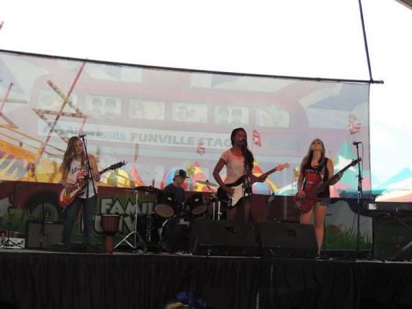 Playing Live at the Del Mar County Fair
