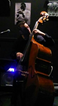 Greg performing with The Greg Silva Trio