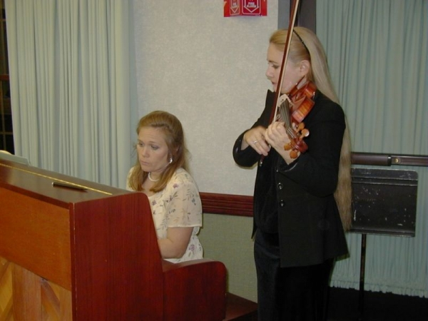 Emily accompanying Anna Rose, violinist for Oscar Winning Movie Soundtrack.