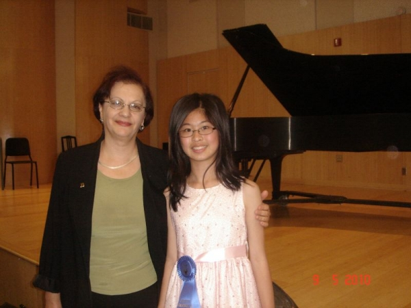 Regional Winner of SCJBF (Southern California Junior Bach Festival) 2010.