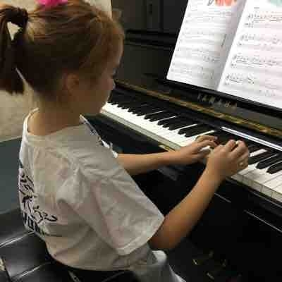 Claire's first piano class.