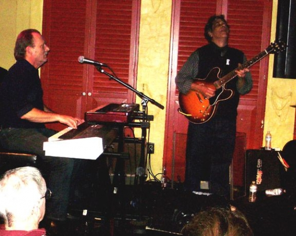 Playing with the legendary blues great Chris Cain at Biscuit & Blues in SF. (07/2014)
