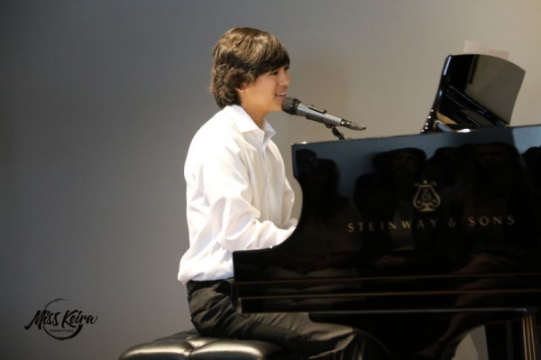 Dylan, voice and piano student, performing Imagine by John Lennon at The Steinway and Sons Piano Gallery of Beverly Hills