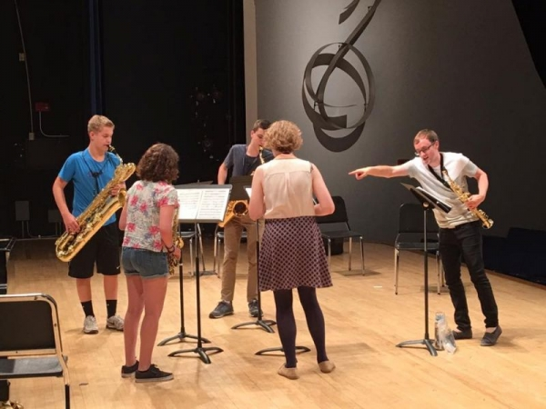 Coaching quartets at the Kansas City Saxophone Day