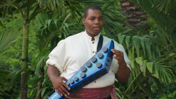 Playing zendrum with Mo Rockin at Disney's EPCOT