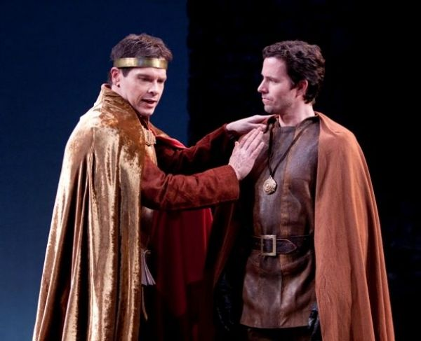 Henry V (Michael Hayden) and Scroop (Jason Marr) in The Shakespeare Theatre's production of Henry V, directed by Michael Kahn.