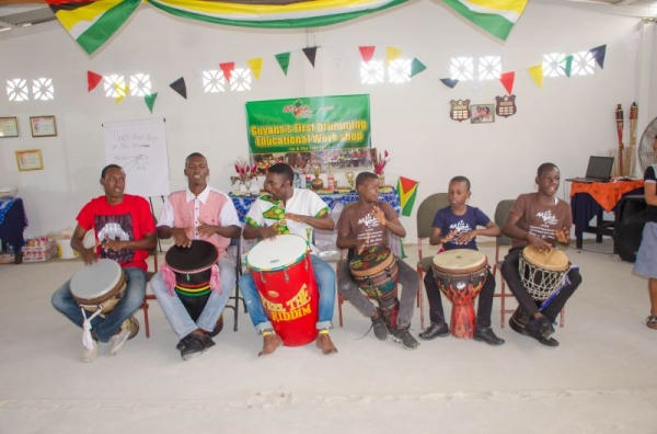 Some of my professional students perform at MFDS drumming workshop