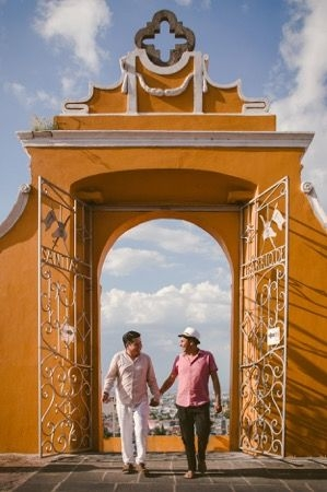 Alex & Ivan in Puebla, Mexico - Engagement Session in a wonderful town.
