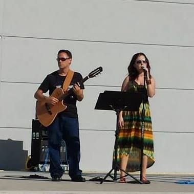 Performing at a benefit concert in Jacksonville, Florida