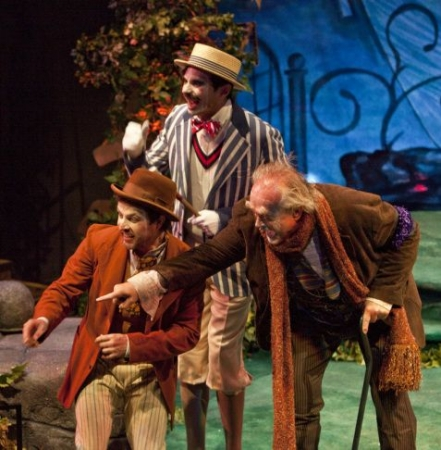 Fabian (J. Marr), Aguecheek (W. Elsman) and Toby Belch (P. O'Conner) in Twelfth Night at Shakespeare Santa Cruz, d. Marco Barricelli