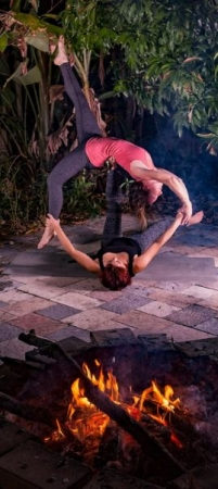 Gain courage and strength to overcome any obstacle through personalized private yoga sessions, guided meditation, and life coaching!