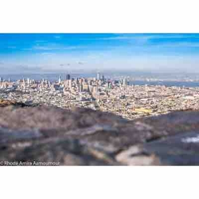 From twin peaks - view of city San Francisco