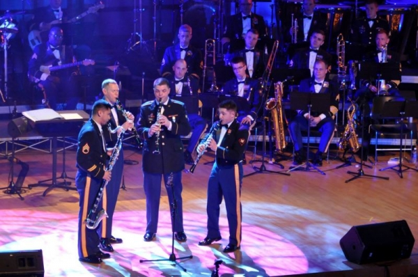 Christmas performance with the Army Ground Forces Band Clarinet Quartet in 2015.