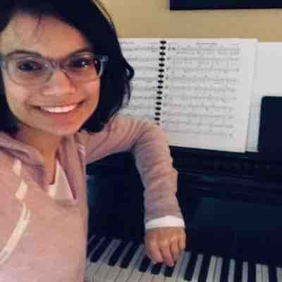 Leigh C, piano instructor