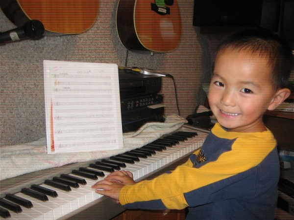 It's not too late, sign up your 2-7 year old for Toddler Music.   Lots of fun and very good for their developing minds!