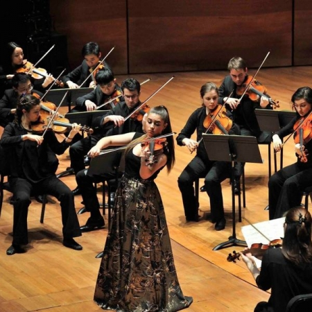 Soloist with the Juilliard Chamber Orchestra in Alice Tully Hall