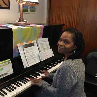 Welcome to piano lessons at  Sound Music Studio!