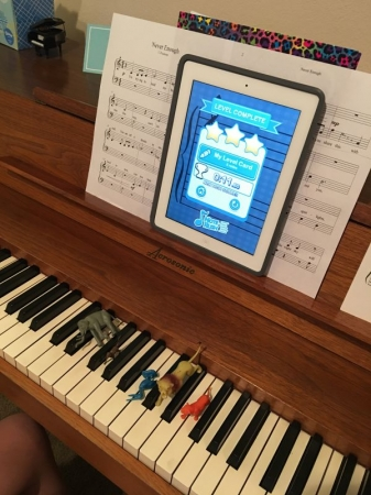 Practicing the music staff is more enjoyable with animals and the Note Rush app!