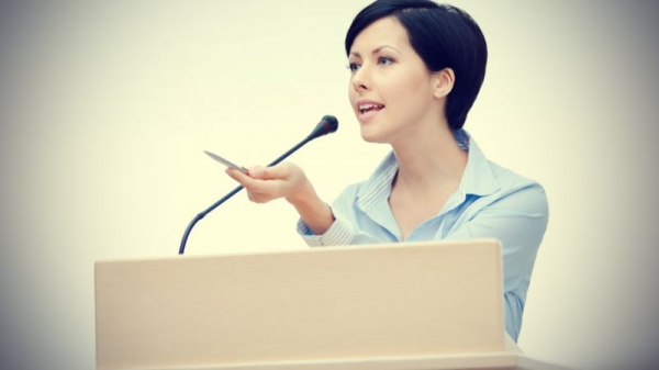 Learn how to pace a speech and make a strong connection with the audience.