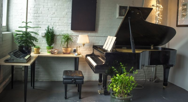Come learn to play piano on a beautiful 1967 Kawai grand piano
