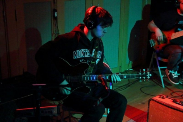 Tracking guitar at Audiotree studios