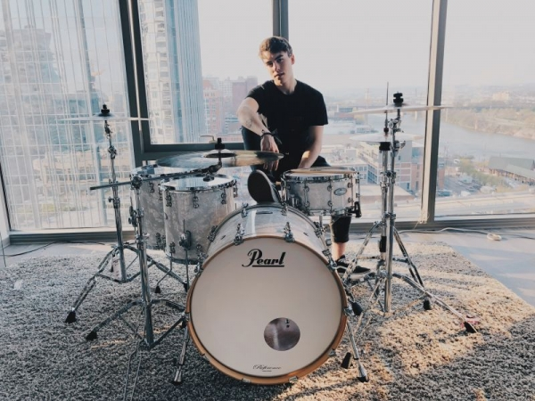 Promo Photo   Pearl Drums