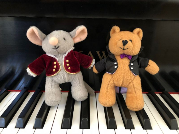 Meet my friends Mozart Mouse and Beethoven Bear from the Music for Little Mozart's Program!