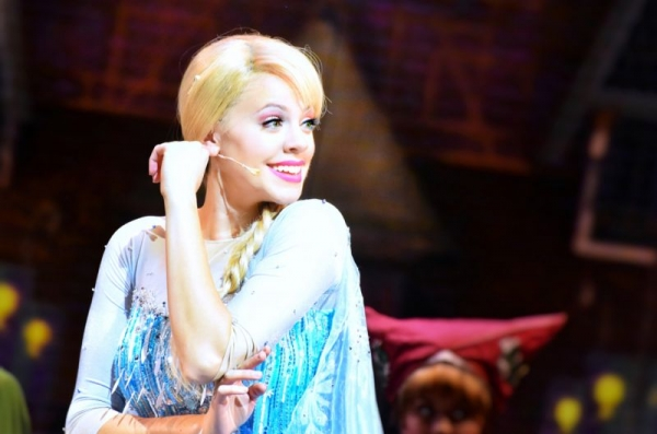Elsa in Frozen Live at the Hyperion at Disney's California Adventure