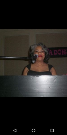 Vicki Gray with Atlantis Band  
