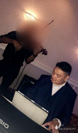 Duet of violin and piano for a business event.