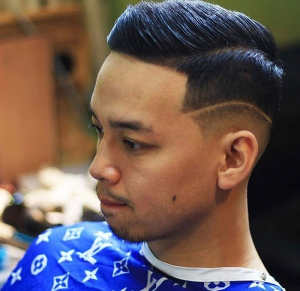 Combover with a small design. Clean line up
