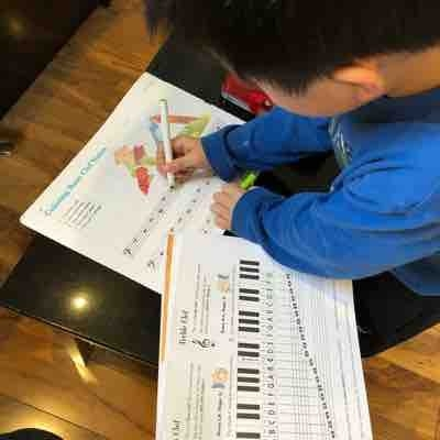 I'm teaching music theory to five-year-old student