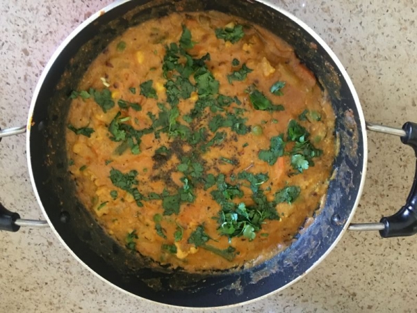 Vegetable Korma- Authentic, rich Indian navratna korma!!