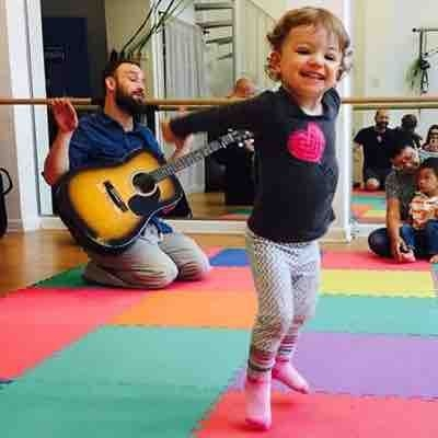 Teaching baby/toddler classes at Music for Aardvarks
