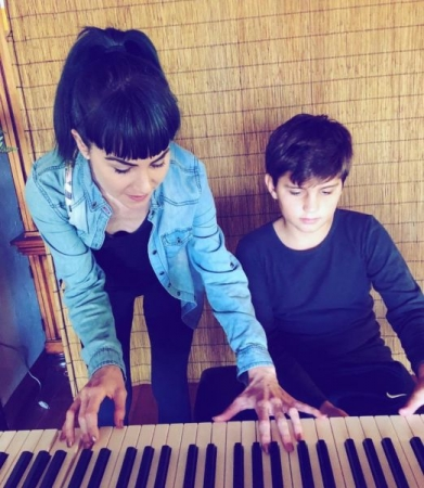 Sometime vocal lessons turn into piano tips for creating dynamics in live performances!  ;)