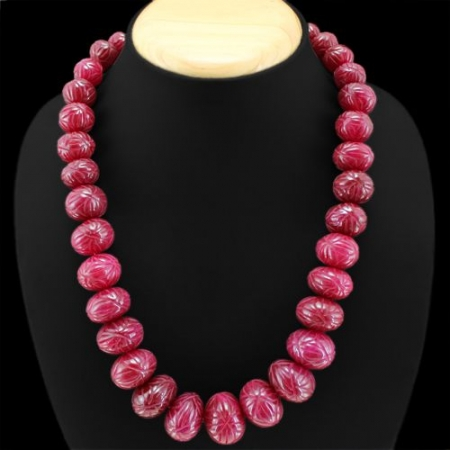 1000.00 CTS EARTH MINED RED RUBY ROUND CARVED BEAD NECKLACE.