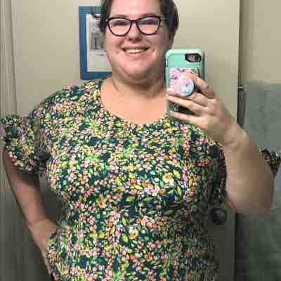 A cute Dolman top I made recently. Bathroom selfies are the best. ;-)