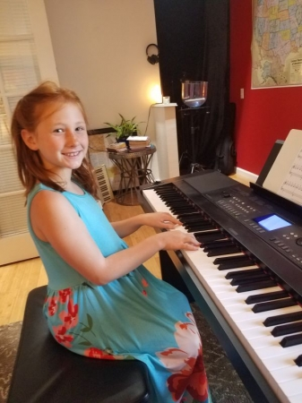 "Now this young lady can sing and play along at the same time to her favorite song ""Speechless"" from Aladdin movie!"